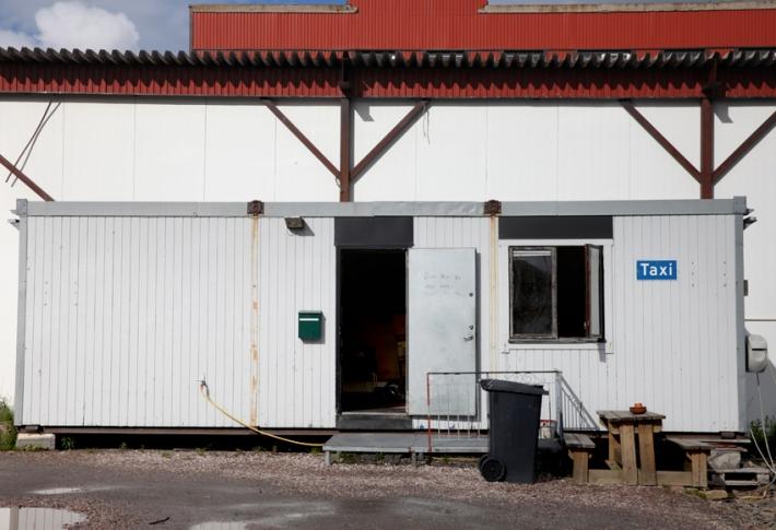 Båtsfjord taxi station © Karoline Hjorth & Riitta